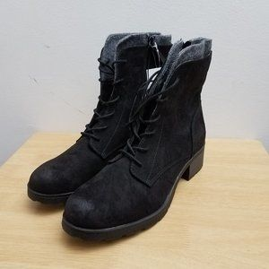 Universal Thread Black Boots Dez Lace-Up w Zipper